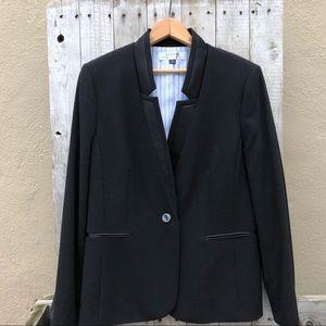 EUC Tahari Black Single Button Blazer